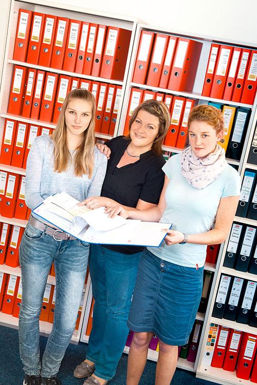 Ausbildung zur Industriekauffrau / zum Industriekaufmann